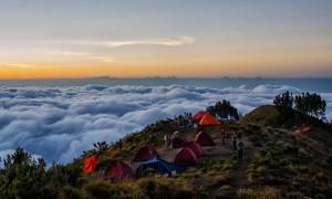 Sembalun Crater Rim - Rinjani Mountain