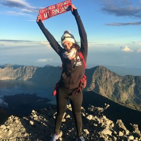TREKKING TO SUMMIT OF RINJANI VULCANO