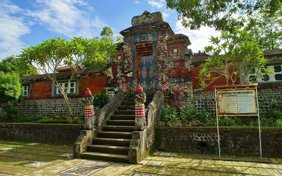 The Historical Narmada Water Palace