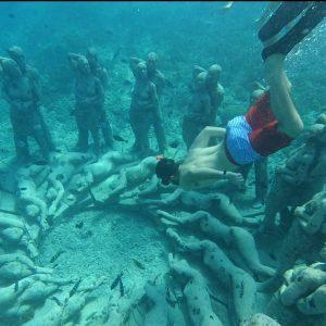 underwater sculptures Gili Meno